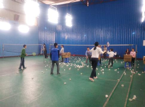 2015秋季班羽毛球训练第十七周课堂上的图片